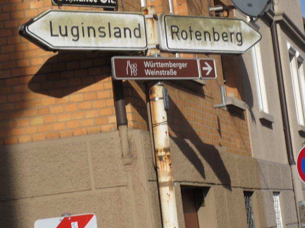 Wandern an der Grabkapelle Württemberg: ein Stück der Württemberger Weinstrasse wird gewandert!
