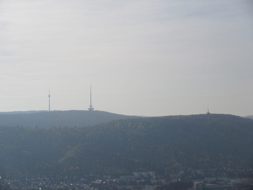 Aussicht von der Grabkapelle Württemberg auf die Waldebene Ost mit Fernsehturm Stuttgart