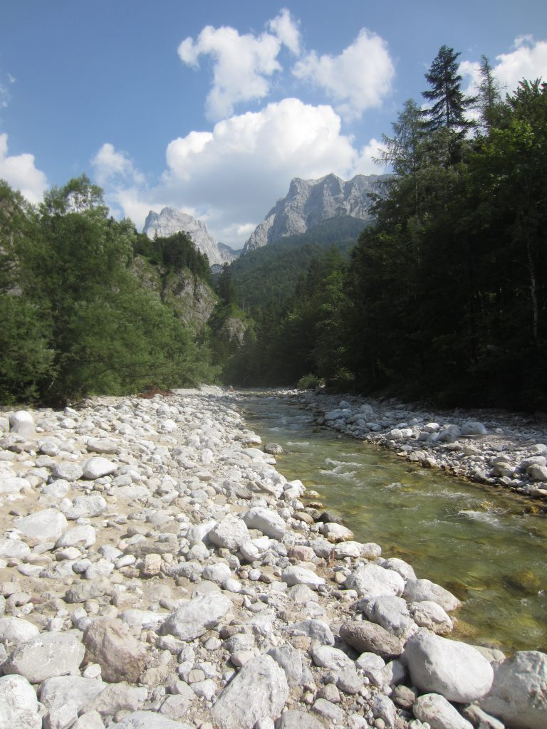 Das Kaiserbachtal bei Kufstein lockt sowohl im Sommer als auch im Winter zum wandern!