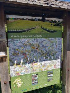 Der Wanderparkplatz Baßgeige in Erkenbrechtsweiler war Startpunkt unserer Wandertour zur Burg Hohenneuffen