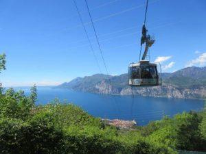 Wer keine Lust hat, den Monte Baldo hoch zu wandern, nutzt einfach die dortige Seilbahn.