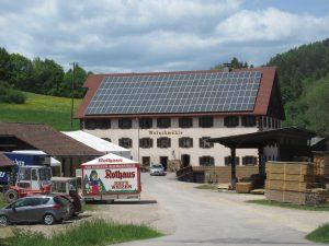 Ca. 50m von der Wutachmühle gibt es die Gelegenheit, an einem Kiosk Getränke und Snacks während des Wanderns in der Wutachschlucht einzukaufen