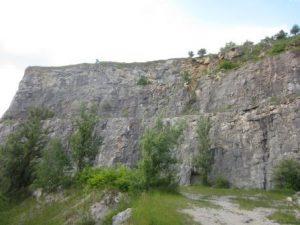 Eine tolle Gelegenheit zum Klettern an der Berounka: die Felsen im Berounka-Tal!
