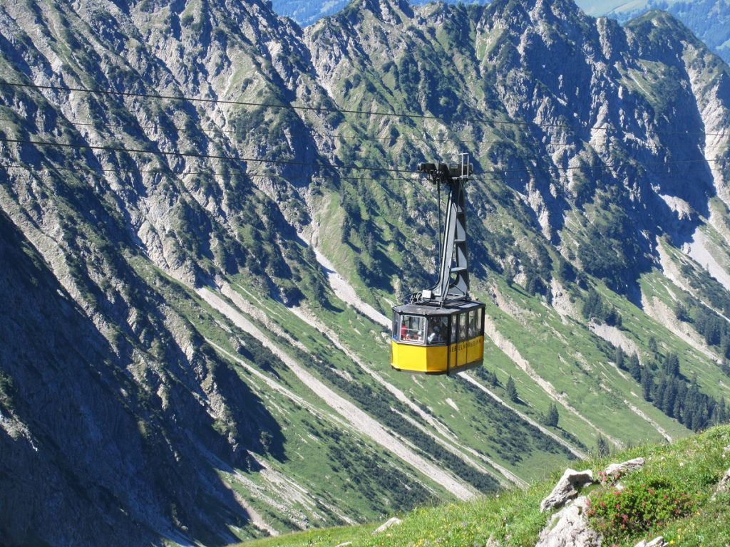 Phantastische Fotomotive und Ausblicke werden beim Nebelhorn wandern geboten!