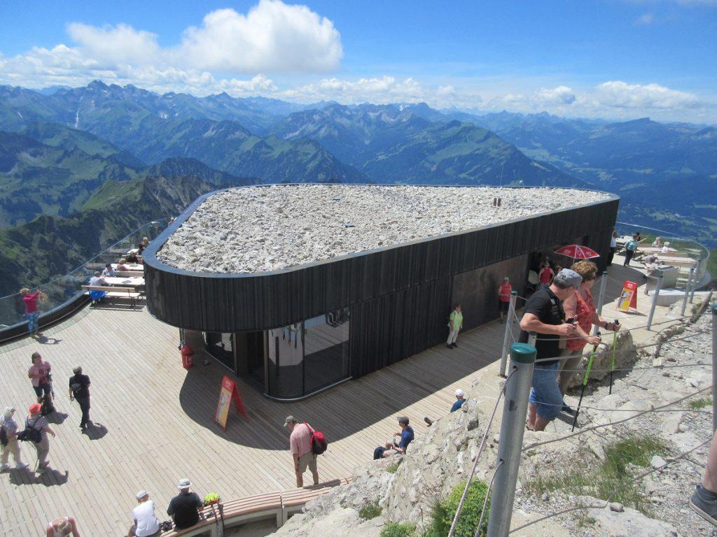 Auf das Nebelhorn wandern bei Oberstdorf: grandiose Aussichten und atemberaubendes Panorama!