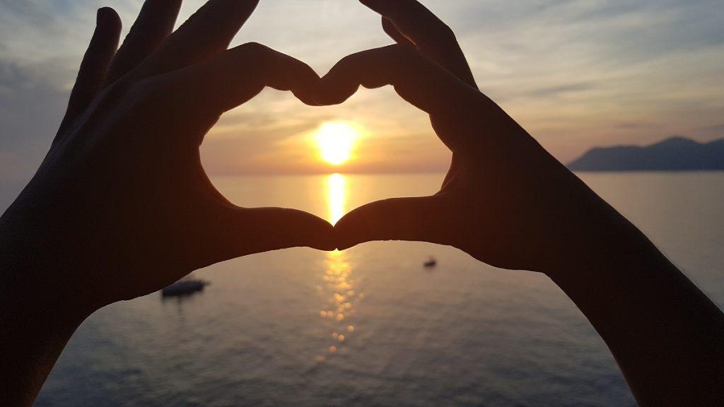 Wer in der Cinque Terre wandern geht, erlebt tolle Sonnenuntergänge. So wie wir in Manarola!