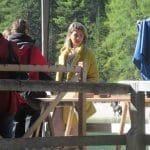 Die uns unbekannte italienische Schauspielerin war wohl weniger um den Pragser Wildsee wandern.