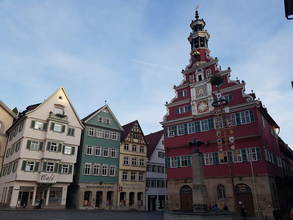 Das Rathaus, unser Endziel. Von Untertürkheim zur Burg Esslingen wandern!