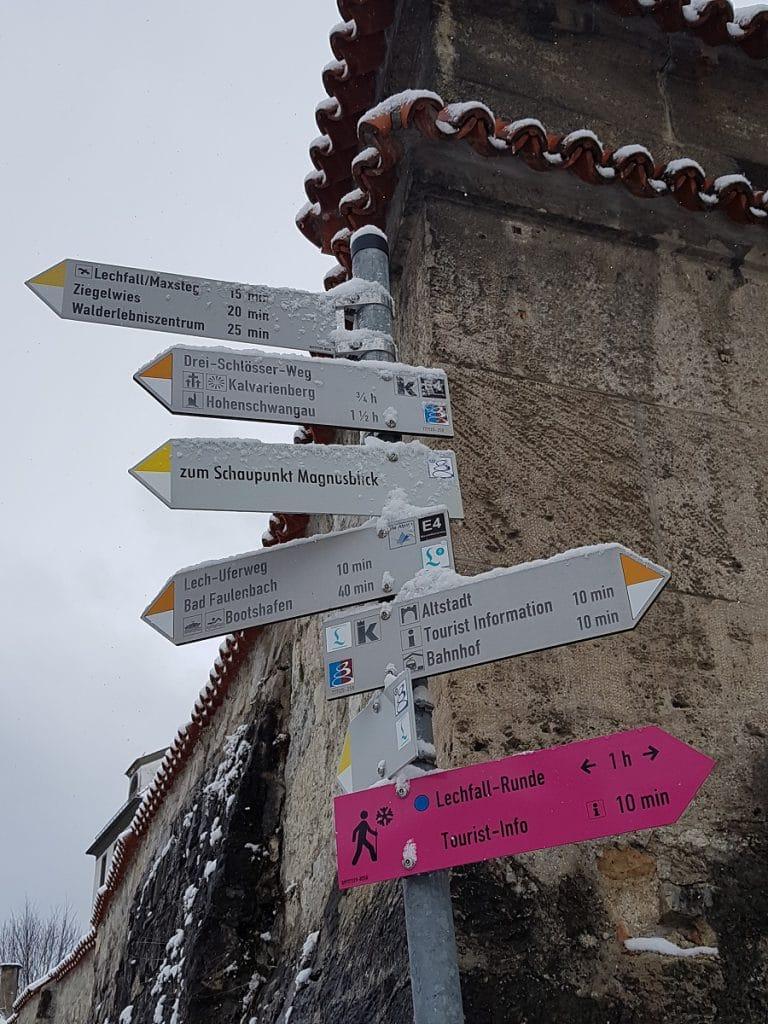 Direkt ab Füssen wandern wir einmal Richtung Hohenschwangau!