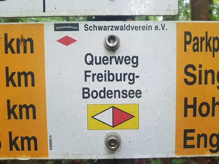 Wegmarkierung vom Schwarzwald Querweg Freiburg-Bodensee