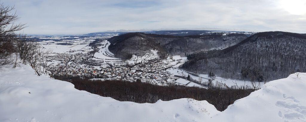 tolle Aussichten auf die verschneite Schwäbische Alb