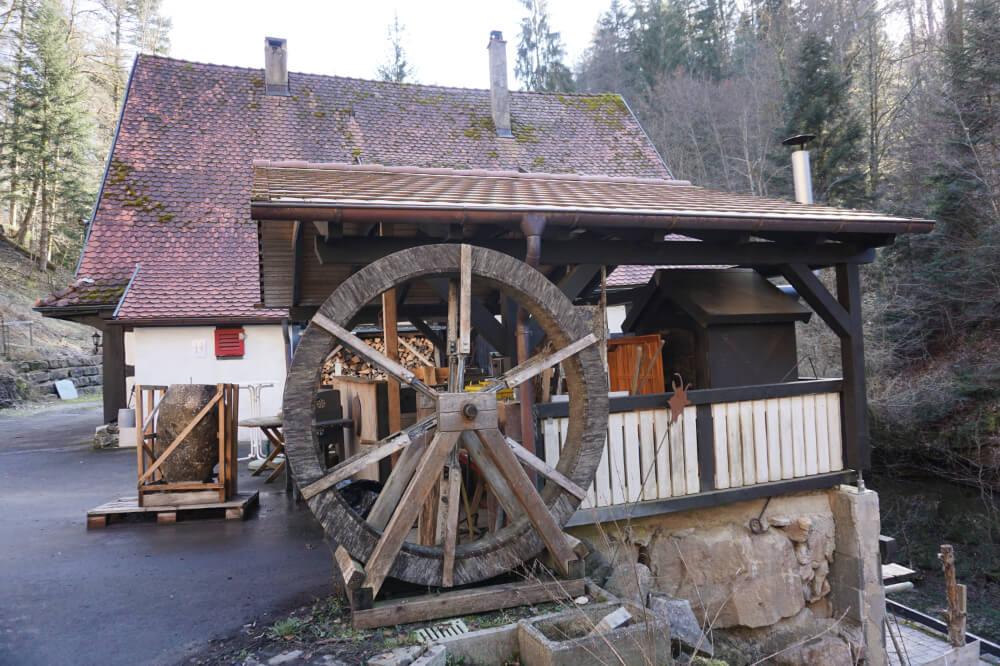 Altes Mühlenrad der Klingenmühle