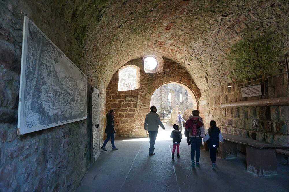 Eingangstor Burg Zavelstein