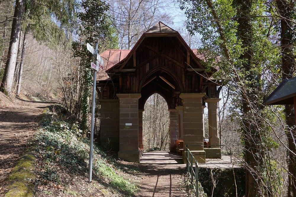 alte Schutzhütte