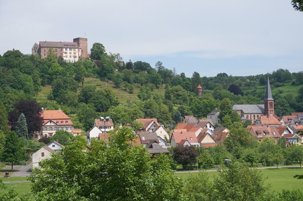 alte Burg am Jakobsweg