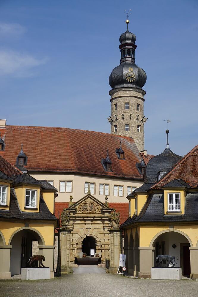 Eingang zum Schloss Weikersheim